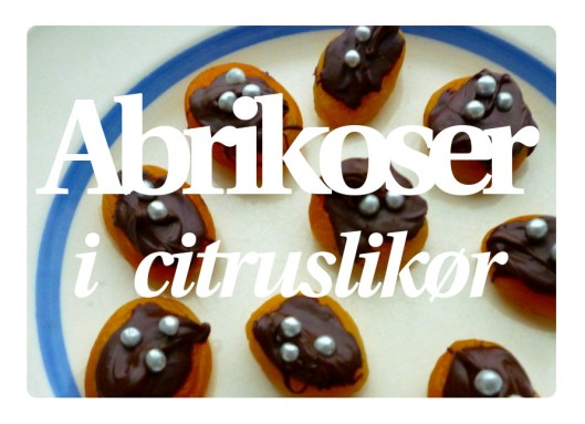 Abrikoser i likør 1