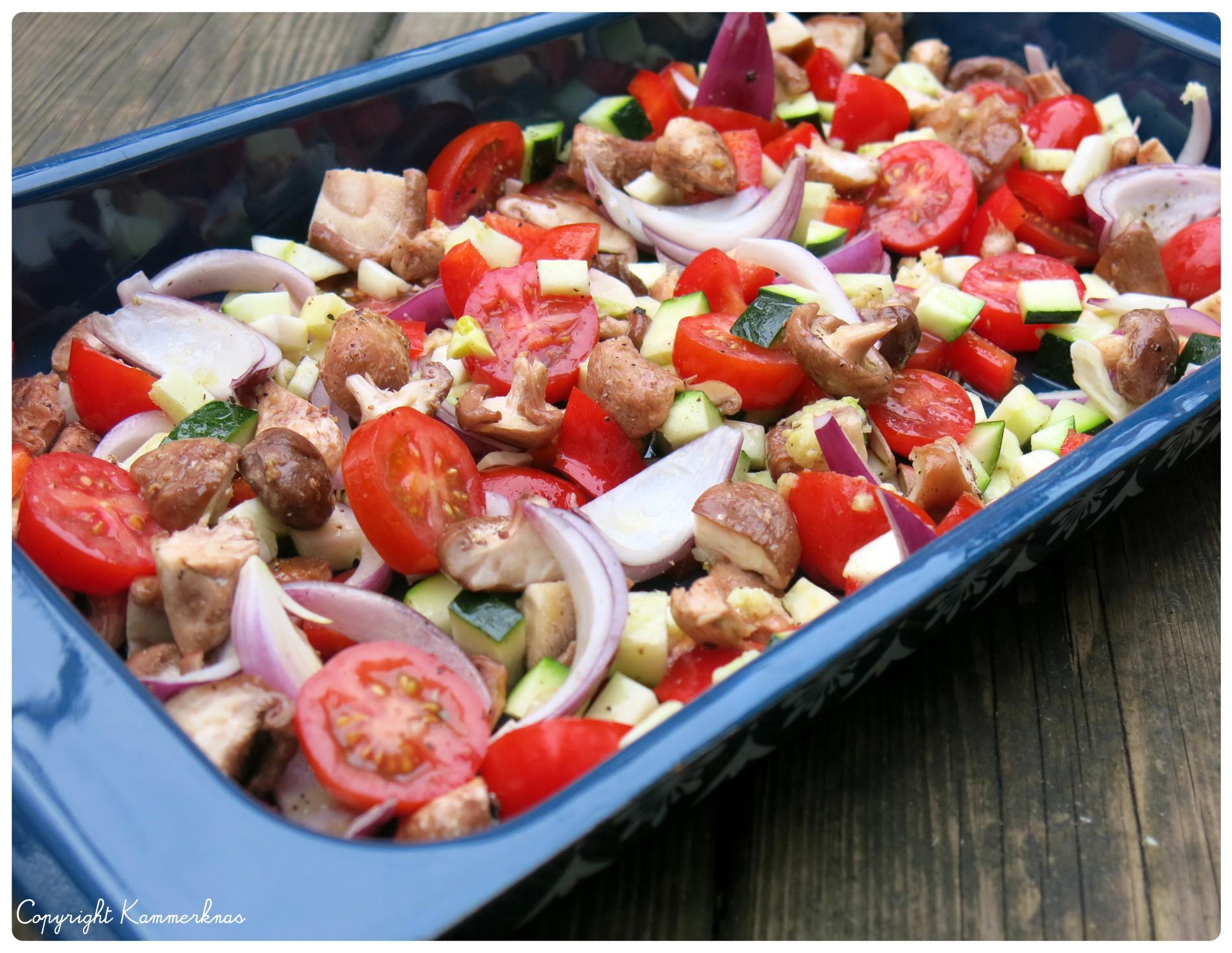 kylling og grøntsager i ovn